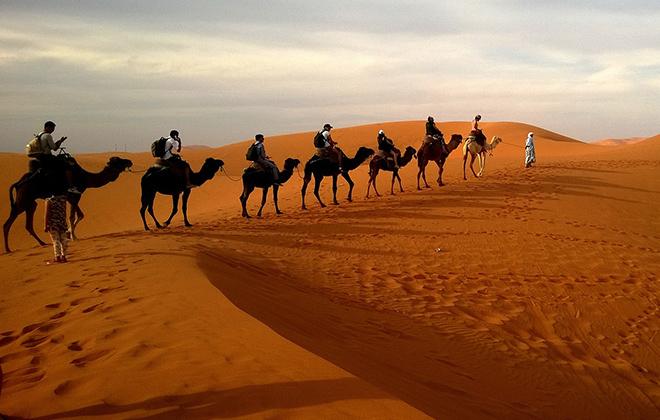 http://visit-alandalus.com/wp-content/uploads/2017/06/morocco-desert-experience-tour-1.jpg